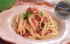 Fettuccine à la carbonara - Dina - Poulet Shish Taouk, Dina, Bacon, Fettuccine Alfredo, Spaghetti, Cooking, Ethnic Recipes, Comme, Foodies