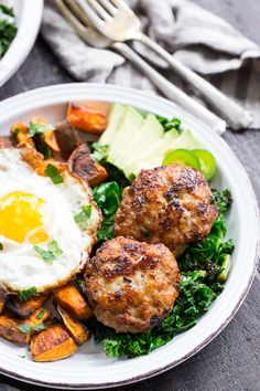 Garlic Jalapeno Chicken Sausage Patties {Paleo, Whole30} | The Paleo Running Momma