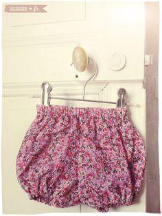 DIY : couture de bloomers & bavoirs - Zess.fr // Lifestyle . mode . déco . maman . DIY