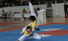 Türk'ün savaş sanatı Sayokan Basketball Court, Wrestling, Sports, Lucha Libre, Hs Sports, Sport