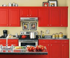 When decorating your home, get inspired by the red, orange, and gold hues of autumn harvest.