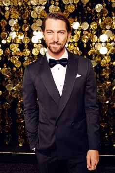 Click to view full size image {{~•looking good in a tux•~}}