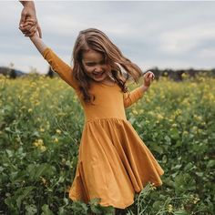 'Moms could give their child that extra layer of individuality just by choosing a name that is quite unusual.' girl 25 Gorgeous Names That Are So Different Little Girl Fashion, Toddler Fashion, Kids Fashion, Alice And Ames, Little Dorrit, Fotografia Social, Future Daughter, Kid Styles, Kind Mode