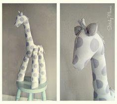 Handmade Giraffe - would make a cute baby gift, add to nursery decor