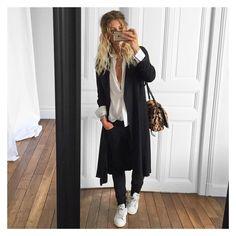 @meleponym sur Instagram: J'ai pas l'air contente contente mais en faite je suis joie ! Je vous en parle demain ! Belle soirée ✔ trench-coat #Zara (old) chemise #samsoe et Jean #thekooples sur @cyrielleforkure baskets #stansmith sur @adidasoriginals sac #jeromedreyfuss #ootd