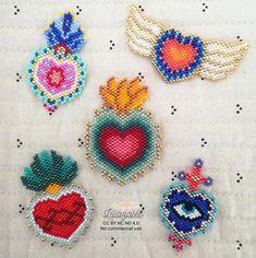 Bead Embroidery Tutorial, Bead Embroidery Jewelry, Beaded Embroidery, Loom Beading, Beading Patterns, Jewelry Making Tutorials, Brick Stitch, Heart Jewelry, Beaded Flowers