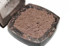 how to fix a cracked eye shadow or blush.