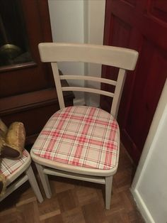 Shabby Chic vintage kitchen chair Upcycled at Grandads Curious Attic at Dorchester Curiosity Centre DT1 1ST