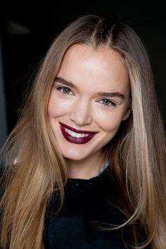 Make-up-Trends im Herbst und Winter: Dunkle Lippen