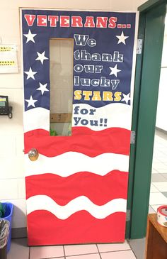November classroom door to honor Veteran's Day