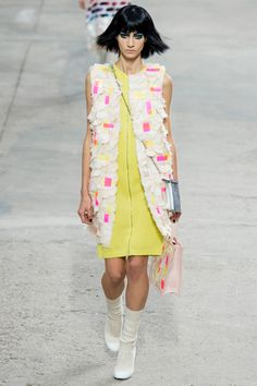 Chanel Spring 2014 RTW - Runway Photos - Fashion Week - Runway, Fashion Shows and Collections - Vogue