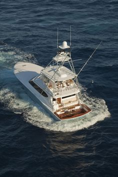 The New Hatteras GT70