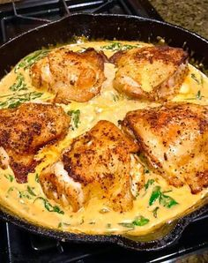 The best chicken and spinach recipe in a creamy paprika sauce! – Chicken Recipes The best chicken and spinach recipe in a creamy paprika sauce! Chicken Tikka Masala, Chicken Makhani, Paprika Sauce, Butter Chicken Curry, Pesto Chicken, Creamy Chicken, Spinach Recipes, Meat Recipes, Cooking Recipes