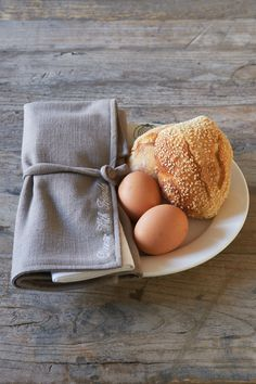Dinner With Friends Placemat Napkin Set Good Morning Breakfast, Dinner With Friends, Napkins Set, Kitchenware, Table Settings, Placemat, Mornings, Euro, Cottage