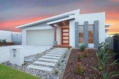 The Currumbin, Display Homes, Tweed Heads Builder, GJ Gardner Homes Tweed Heads Modern Bungalow House, Modern House Facades, Modern Houses, Dream House Exterior, Dream House Plans, House Front Design, Modern House Design, Home Building Design, Building A House
