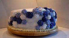 purple roses wedding cake Purple Roses Wedding, Wedding Cake Roses, Rose Wedding, Wedding Cakes, Cupcake Cakes, Cupcakes, Desserts, Food, Wedding Gown Cakes