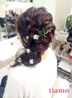 白無垢からドレスへ大変身♪庭園が美しい会場での幸せご結婚式 の画像 大人可愛いブライダルヘアメイク『tiamo』の結婚カタログ
