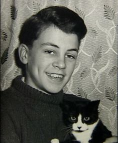 Ian Gillan with Cat - from the six hour autobiographical DVD, Highway Star - A Journey in Rock