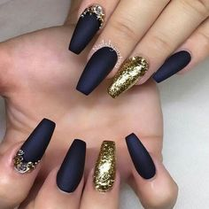 BLACK MATTE AND GOLD NAILS