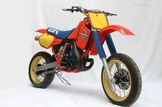 Honda CR250 super motard Honda Dirt Bike, Motorcycle Dirt Bike, Honda Bikes, Honda S, Moto Bike, Racing Motorcycles, Women Motorcycle, Motorcycle Helmets, Vintage Bikes