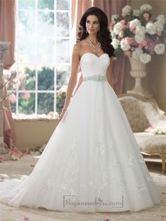 Strapless Sweetheart Embroidered Lace Appliques Ball Gown Wedding Dresses - Buyanewdress.com