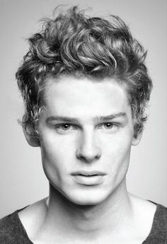 Men's Curly Wavy Hairstyles - 19