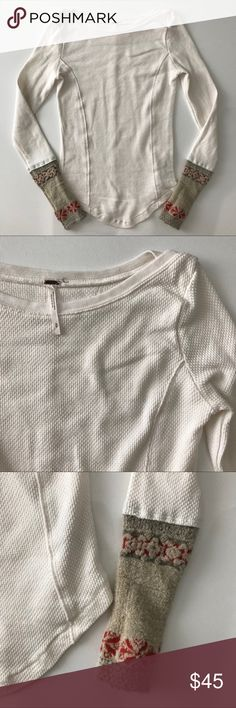[free people] long sleeved cuffed thermal top S [free people] long sleeved cuffed thermal top S •🆕listing •great pre-owned condition •cream/ivory color with detailed cuff design •material 57% cotton 38% polyester, soft and stretchy •offers/30% bundles welcomed Free People Tops