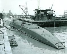 USS Nautilus (SS 168), off Mare Island Navy Yard, August 1943. US National Archives photograph, 19-N-49957.