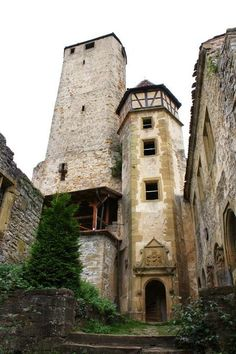 Burg Hornberg Imperial Knight, Germany Castles, Notre Dame, Places Ive Been, Medieval, Landscapes, To Go, World, Building