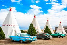 Road Trip To The 10 Weirdest Roadside Attractions In Arizona Arizona Road Trip, Arizona Travel, Route 66 Arizona, Usa Roadtrip, Travel Usa, Old Route 66, Route 66 Road Trip, Route 66 Hotel, Wigwam Hotel