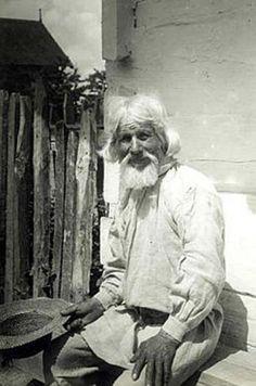 The old man. Belarusians. SEM photo archive