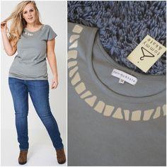 Womens Smart Grey Foil Print T Shirt Tee Cotton Top Size 14 22 Summer Holiday T Shirts For Women, Clothes For Women, Size Clothing, Plus Size Outfits, Size 14, Printer, Tee Shirts, Grey, Long Sleeve
