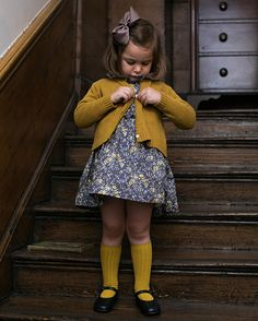 Autumn 2017 I Sweater weather Amaia Kinder Kinder Kleidung Online London Made in Spain Herbst 2017 Pullover Wetter 1 Hallo. Little Girl Outfits, Little Girl Fashion, Toddler Fashion, Toddler Outfits, Kids Fashion, Toddler Girls, Autumn Fashion, Outfits Niños, Fashion Outfits