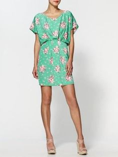 would wear this at the beach. or while strolling the mall. or at dress-down fridays at work. :)