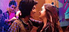 Avan Jogia and Elisabeth Gillies Victorious Jade And Beck, Icarly And Victorious, Tori Vega, Beck Oliver, Victorious Nickelodeon, Liz Gilles, Daniella Monet, Tv Show Couples, Sam And Cat
