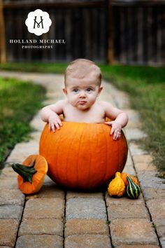 Babies In Pumpkins Fall baby picture - baby in a big pumpkin. As long as she isn't allergic to pumpkin like her aunt!Fall baby picture - baby in a big pumpkin. As long as she isn't allergic to pumpkin like her aunt! Fall Baby Pictures, Holiday Pictures, Newborn Pictures, Fall Photos, Fall Pics, Theme Halloween, First Halloween, Halloween Pictures, Autumn Photography