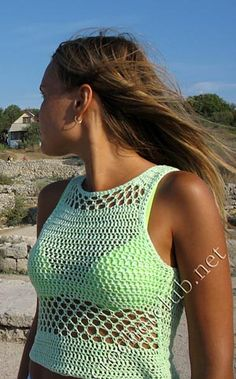 Crochet summer top http://crochetclub.net/blog/letnij-top/ (free russian stitch pattern and diagram)