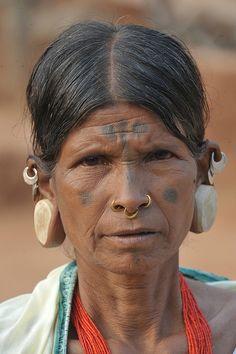Lanji Saora lady