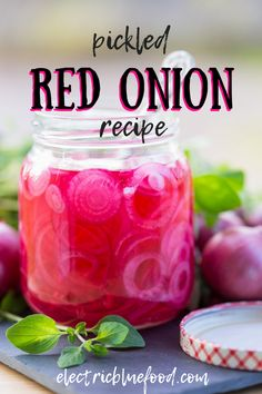 Swedish pickled red onion (picklad rödlök) - Electric Blue Food - Kitchen stories from abroad Swedish Dishes, Swedish Recipes, Side Dishes Easy, Vegetable Side Dishes, Red Onion Recipes, Shrimp Sandwich, Onion Relish, Pickled Red Onions, Blue Food
