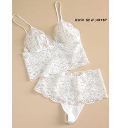 Soft bra top and wide lace undies, made with wide stretch lace.  K3167