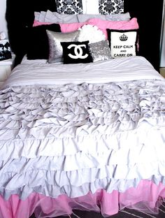 Ruffle Chanel Inspired Bedding www.BelindaSelene.com  #DIY #Chanel Pillow