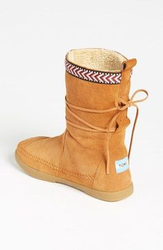 TOMS 'Nepal' Boot (Women)  Just got these for Christmas!:) SO comfy and warm! Personally, better than Uggs and way cheaper too!