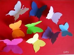 Decorare una parete con le farfalle / Decorating with butterflies