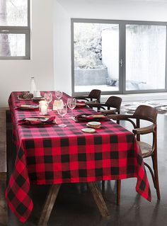 Tablecloth at La Maison Simons online store. Shop the hottest styles and trends in home décor, home accessories, home fashions and more. Black Tablecloth, Round Tablecloth, Christmas Table Cloth, Christmas Party Decorations, Christmas Ideas, Christmas Crafts, Dresser La Table, Purple Trees, Chalet Style
