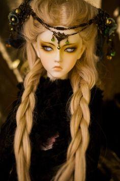 #bjd #dolls  love her eyes...