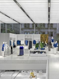 Retail Design | Store Interiors | Shop Design | Visual Merchandising | Retail Store Interior Design | Joe Fresh New York Flagship Store by Burdifilek Architects and Designer Diego Burdi