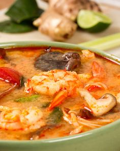 Tom Yam Kung - Thai Shrimp Soup - One of my favorite dishes! Cashew Recipes, Thai Recipes, Asian Recipes, Soup Recipes, Cooking Recipes, Healthy Recipes, Tom Yam Recipe, Gourmet, Recipes