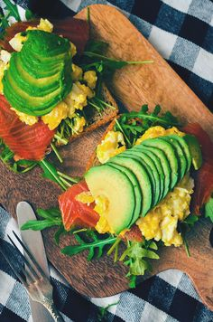Scrambled eggs, avocado and smoked salmon toast