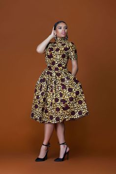 african print dresses African Print Women Midi Dress Source by kgothatsomenyat African Fashion Designers, African Inspired Fashion, African Print Fashion, African Prints, Africa Fashion, African Fabric, African Wear Dresses, African Attire, African Outfits