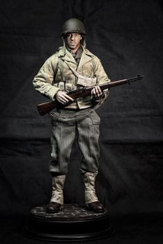 http://www.onesixthwarriors.com/forum/sixth-scale-action-figure-news-reviews-discussion/852646-saving-private-ryan-reiban-caparzo.html